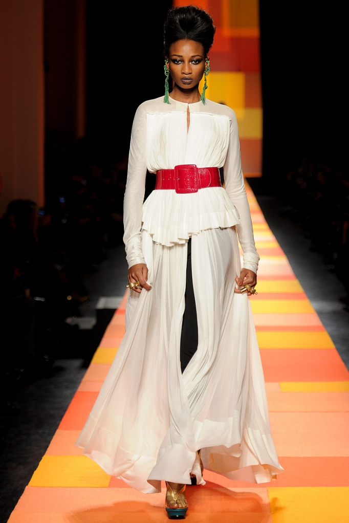 jean-paul-gaultier-couture-spring-2013-07_133553746258