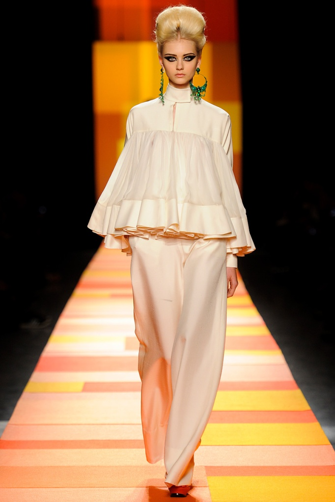 jean-paul-gaultier-couture-spring-2013-14_133559460283