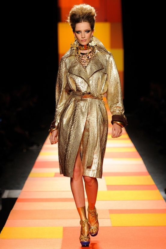 jean-paul-gaultier-couture-spring-2013-32_133612551677